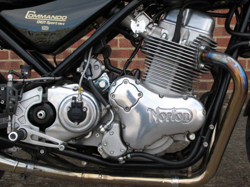 2017 Norton Commando 961 Sport MKII For Sale (picture 3 of 6)
