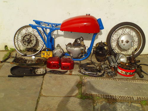1958 TRITON NORTON CAFE RACER PROJECT SOLD (picture 1 of 4)