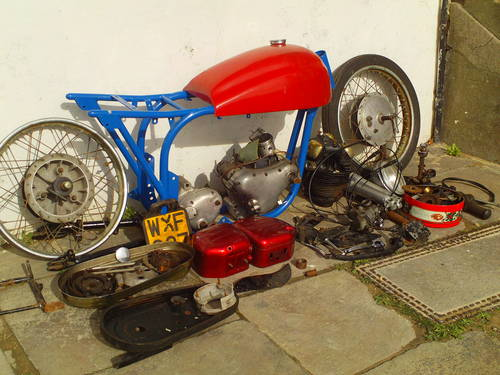 1958 TRITON NORTON CAFE RACER PROJECT SOLD (picture 2 of 4)