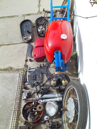 1958 TRITON NORTON CAFE RACER PROJECT SOLD (picture 4 of 4)