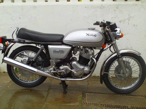 1975 NORTON COMMANDO 850  MK3 INTERSTATE NOS SOLD (picture 1 of 6)