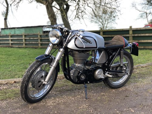 Manx Norton May 1948 500cc SOLD (picture 2 of 6)