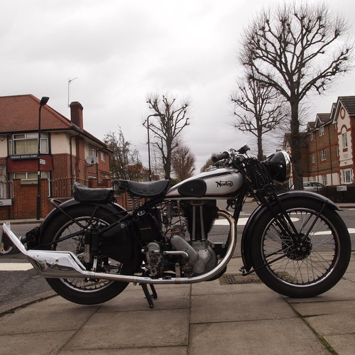 1948 ES2 500 With Garden Gate Girder Forks. SOLD SOLD (picture 4 of 6)