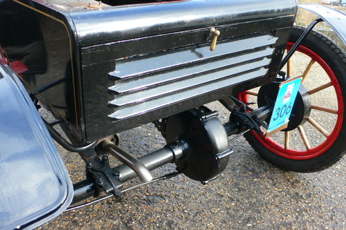 1904 Oldsmobile 7 hp Model 6-C Curved Dash Runabout For Sale (picture 5 of 6)