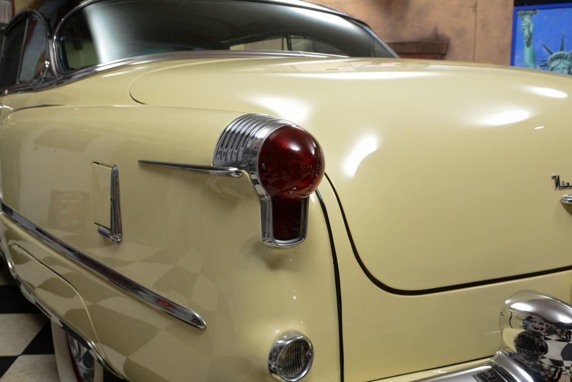 1953 Oldsmobile 98 Holiday Coupe, 303 CID Rocket V8 Engine For Sale (picture 4 of 6)