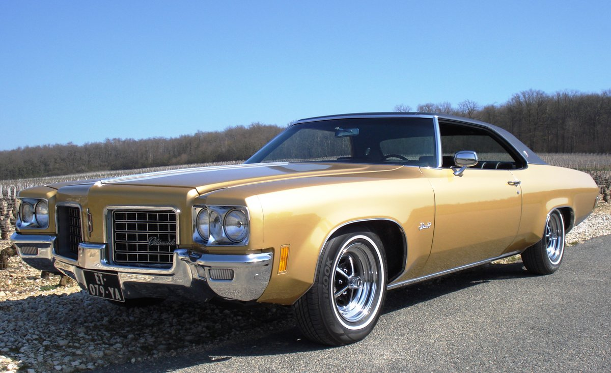 1971 Oldsmobile Coupe 24k mi Concours Condition SOLD (picture 1 of 6)