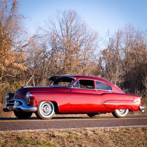 1950 Oldsmobile 98 Deluxe Club Sedan = clean driver $52.9k