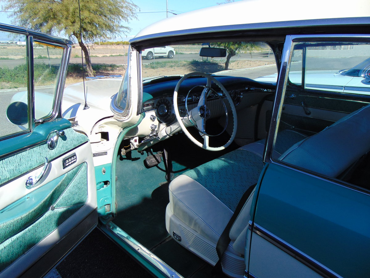 1955 Oldsmobile 98 Holiday Hardtop Sedan For Sale (picture 4 of 6)