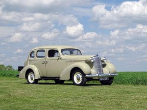 1935 Oldsmobile F-35 Saloon For Sale by Auction