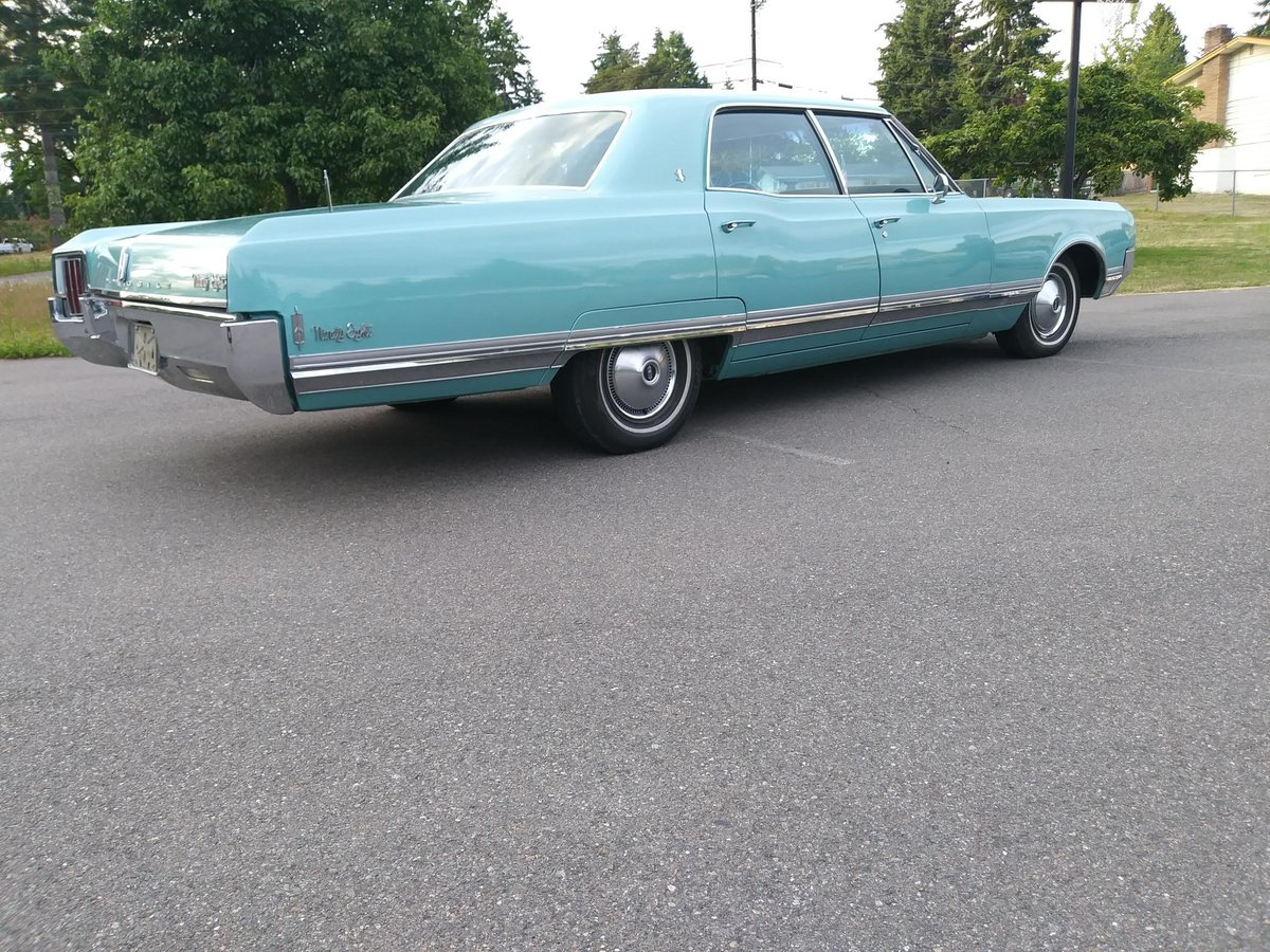 1965 Oldsmobile 98 4 Dr. Deluxe - Lot 673 For Sale by Auction (picture 2 of 6)