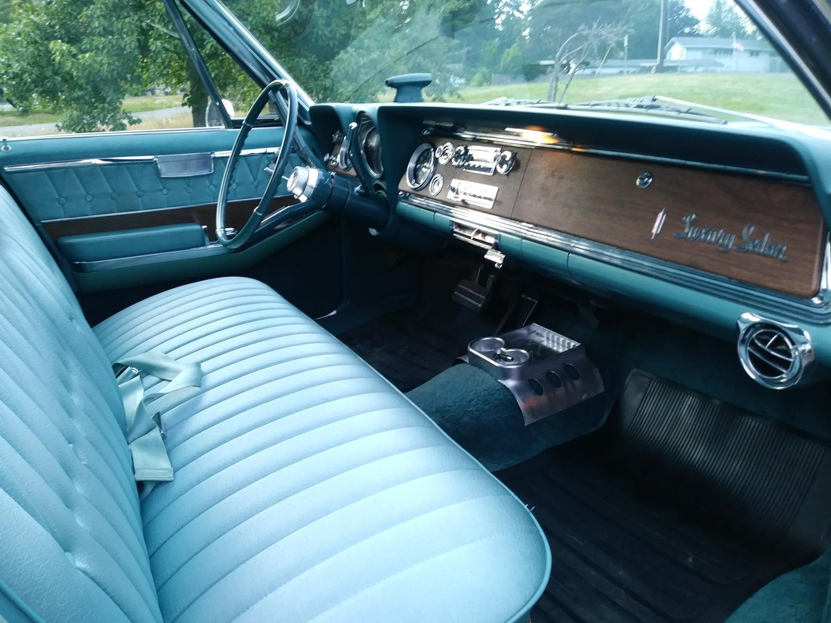 1965 Oldsmobile 98 4 Dr. Deluxe - Lot 673 For Sale by Auction (picture 3 of 6)