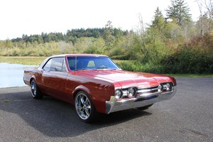 1967 Oldsmobile Cutlass Supreme - Lot 918 For Sale by Auction