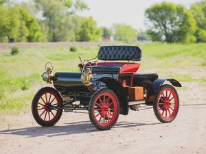 1904 Oldsmobile Model 6C Curved-Dash Runabout