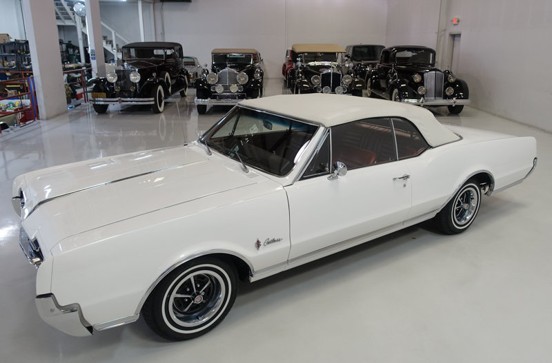 1967 Oldsmobile Cutlass Supreme Convertible For Sale (picture 2 of 6)