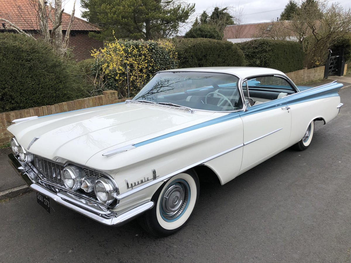 1959 OLDSMOBILE DYNAMIC 88 TWO DOOR PILLARLESS COUPE 371 V8 For Sale (picture 1 of 6)