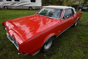 Picture of 1967 Oldsmobile Cutlass 442 Convertible SOLD by Auction