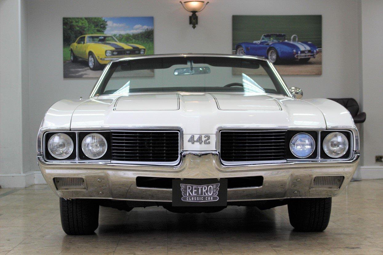 1969 Oldsmobile 442 V8 Convertible Auto | Restored For Sale (picture 2 of 25)