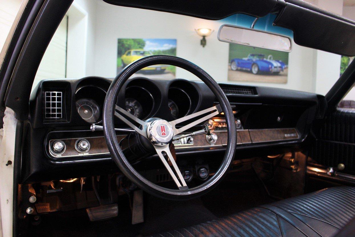 1969 Oldsmobile 442 V8 Convertible Auto | Restored For Sale (picture 5 of 25)