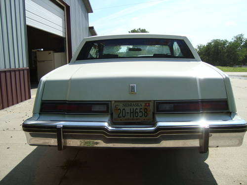 1981 Oldsmobile Toronado Brougham Coupe For Sale (picture 3 of 6)