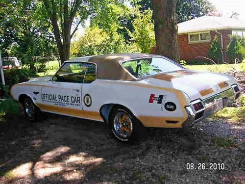 1972 Oldsmobile Hurst Indy Pace Car SOLD (picture 3 of 6)