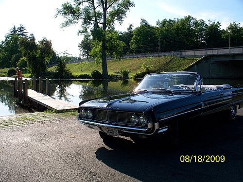 1962 Low Mile Full-Size Oldsmobile Dynamic 88 Conv For Sale (picture 2 of 6)