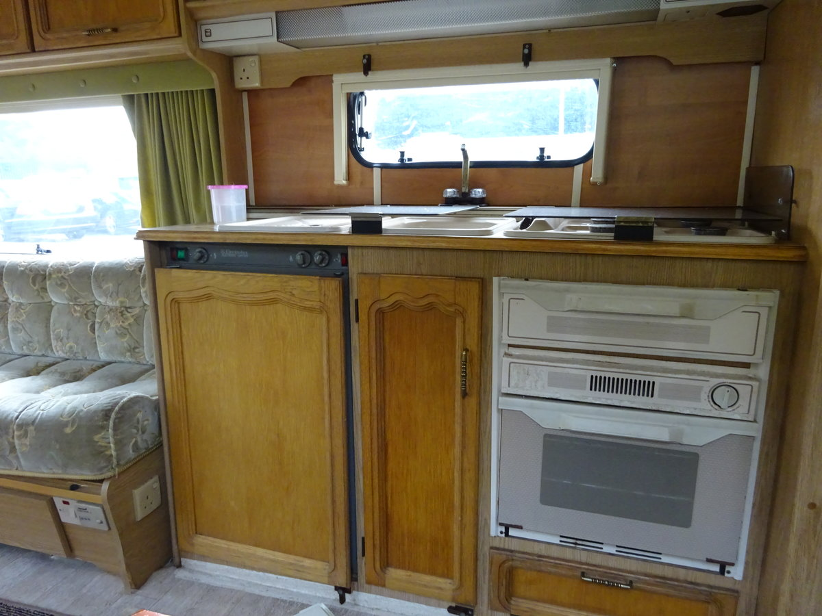 0000 ABI AWARD TRANSTAR SMALL TOURER  WITH END SHOWER / TOILET For Sale (picture 5 of 6)