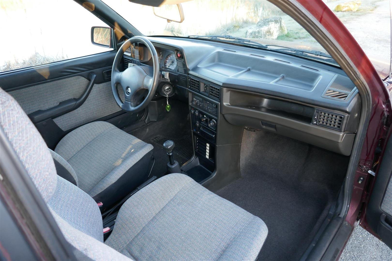 Opel Kadett 1.4 Sport , 1991. 1 owner from new LHD For Sale (picture 4 of 6)
