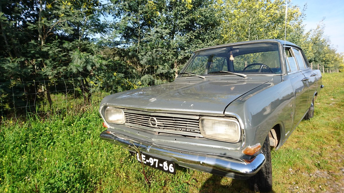 1965 Opel Rekord B sedan For Sale (picture 1 of 6)