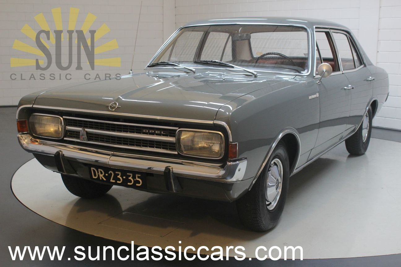 Opel Rekord 1900 1967, in original condition. For Sale (picture 1 of 6)