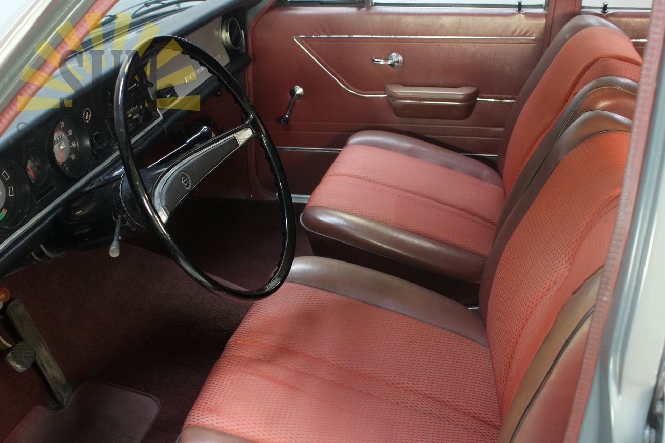 Opel Rekord 1900 1967, in original condition. For Sale (picture 6 of 6)