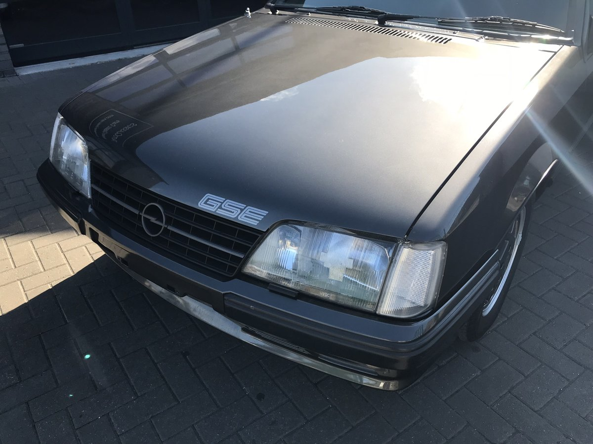1984 Opel Monza 3.0 GSE, 40,000 Miles, 3 Owners SOLD (picture 2 of 6)
