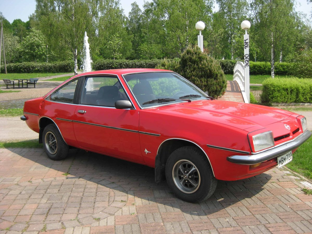 Opel Manta For Sale (picture 1 of 3)