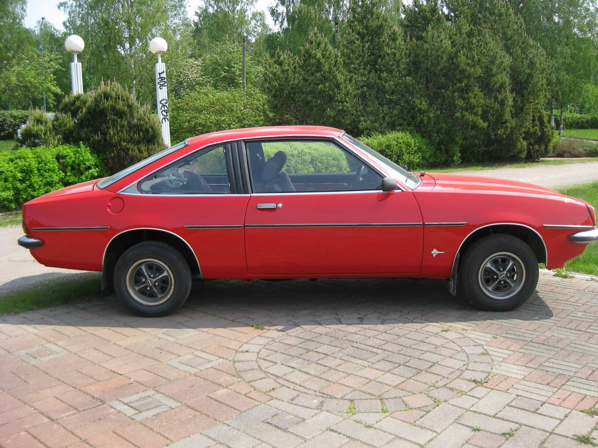 Opel Manta For Sale (picture 2 of 3)