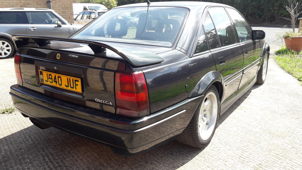 1992 Lotus Carlton OMEGA Only 37000 miles For Sale (picture 4 of 6)