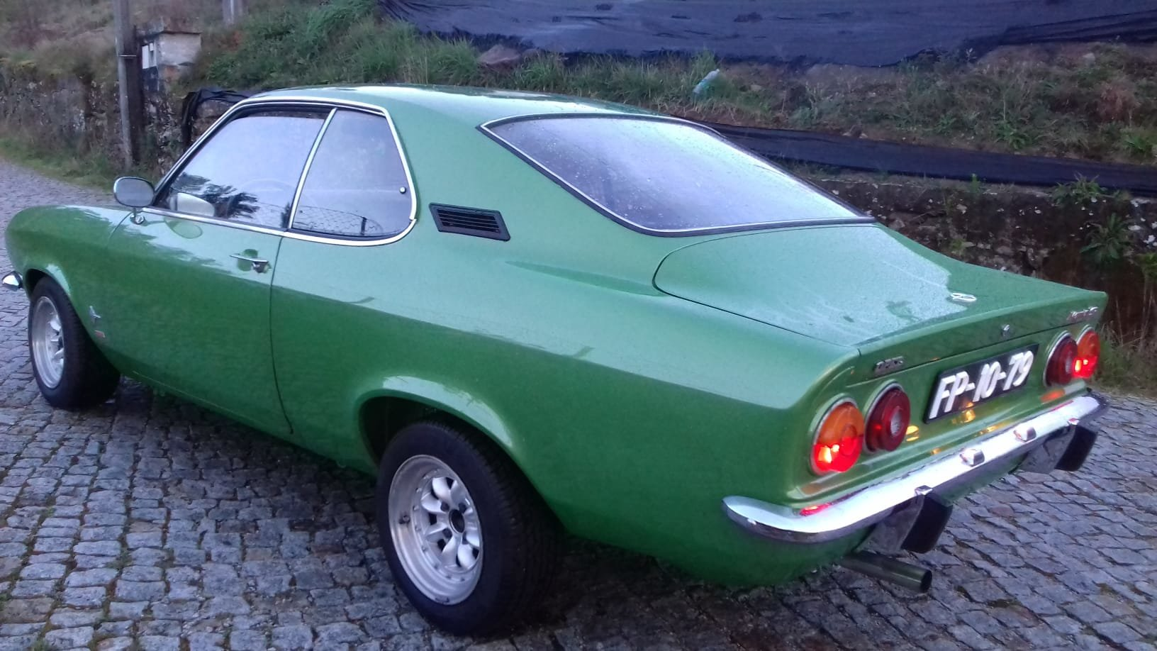1973 Opel Manta A 1900 For Sale (picture 2 of 6)
