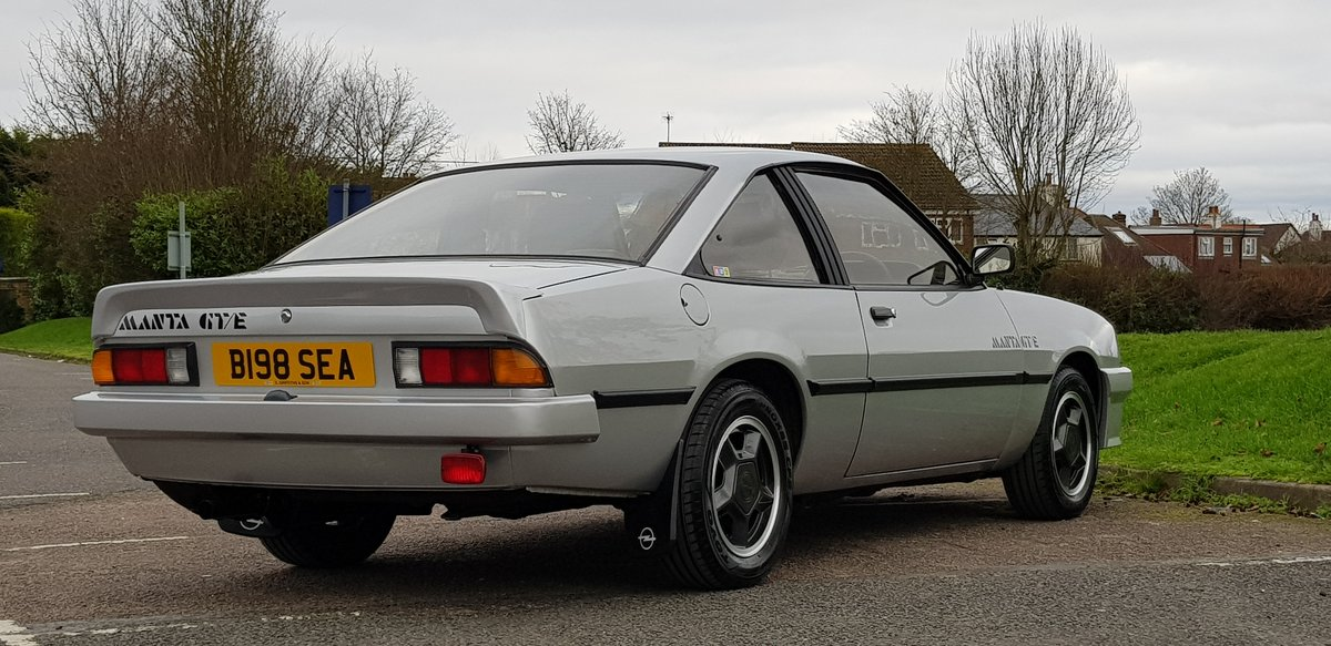 1985 Opel Manta 1.8 Coupe 18,000 miles 2 owners from new SOLD (picture 3 of 6)