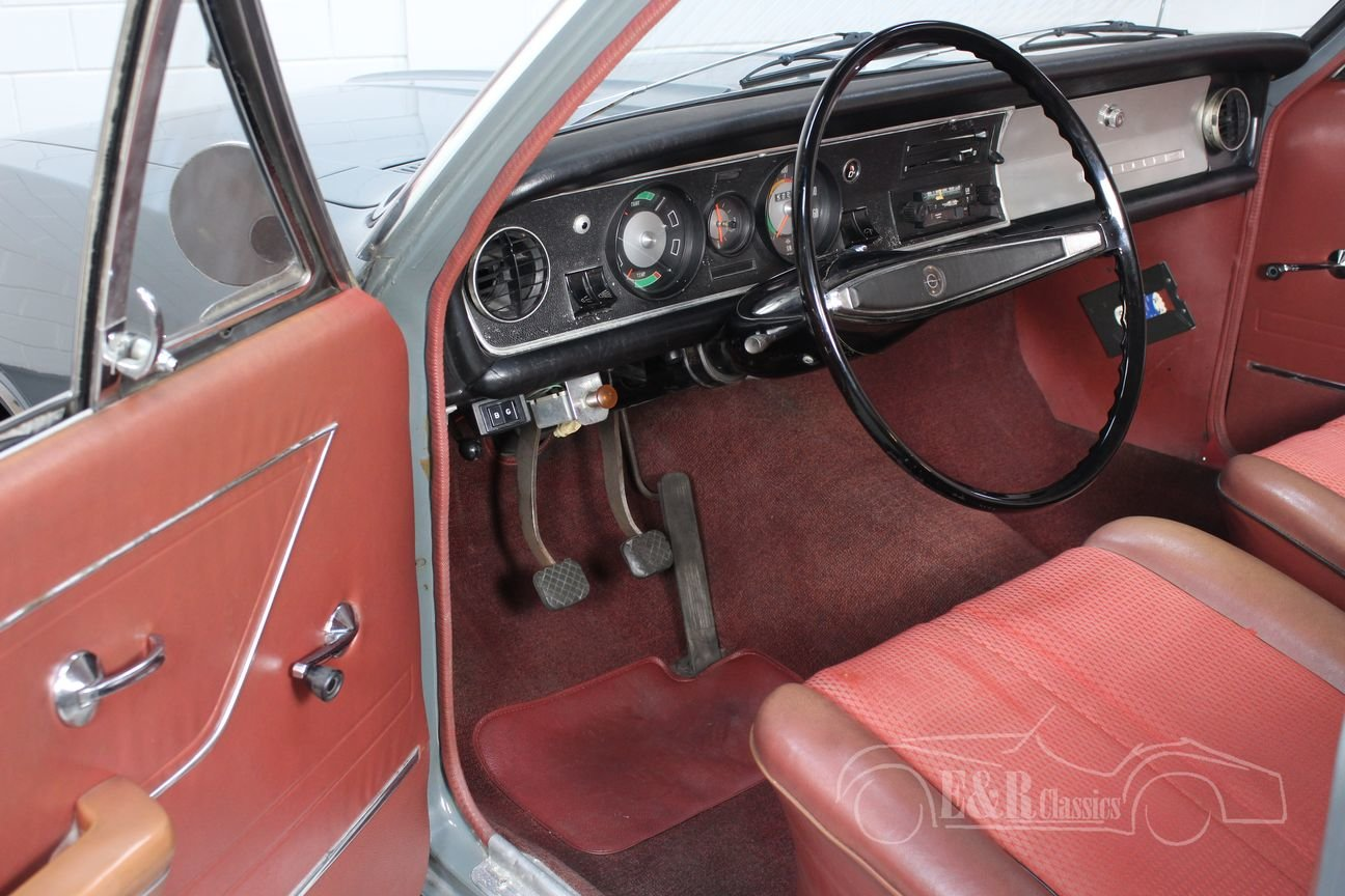 Opel Rekord C 1900 Sedan 1967 Very nice condition For Sale (picture 3 of 6)