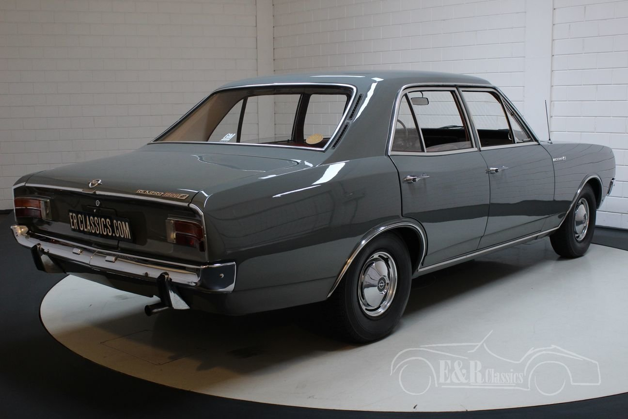 Opel Rekord C 1900 Sedan 1967 Very nice condition For Sale (picture 5 of 6)