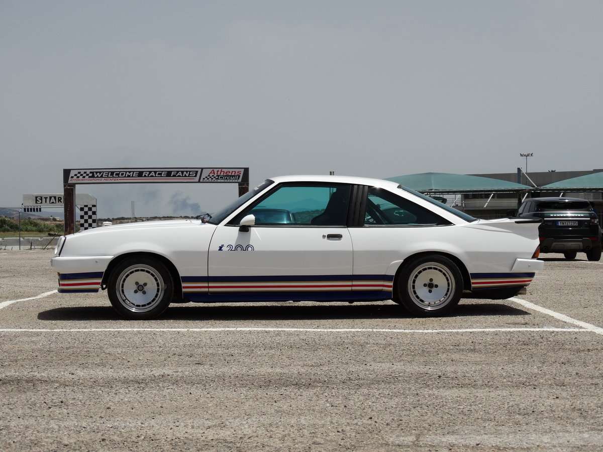 1982 Opel Manta i200 Group B track car For Sale (picture 4 of 6)
