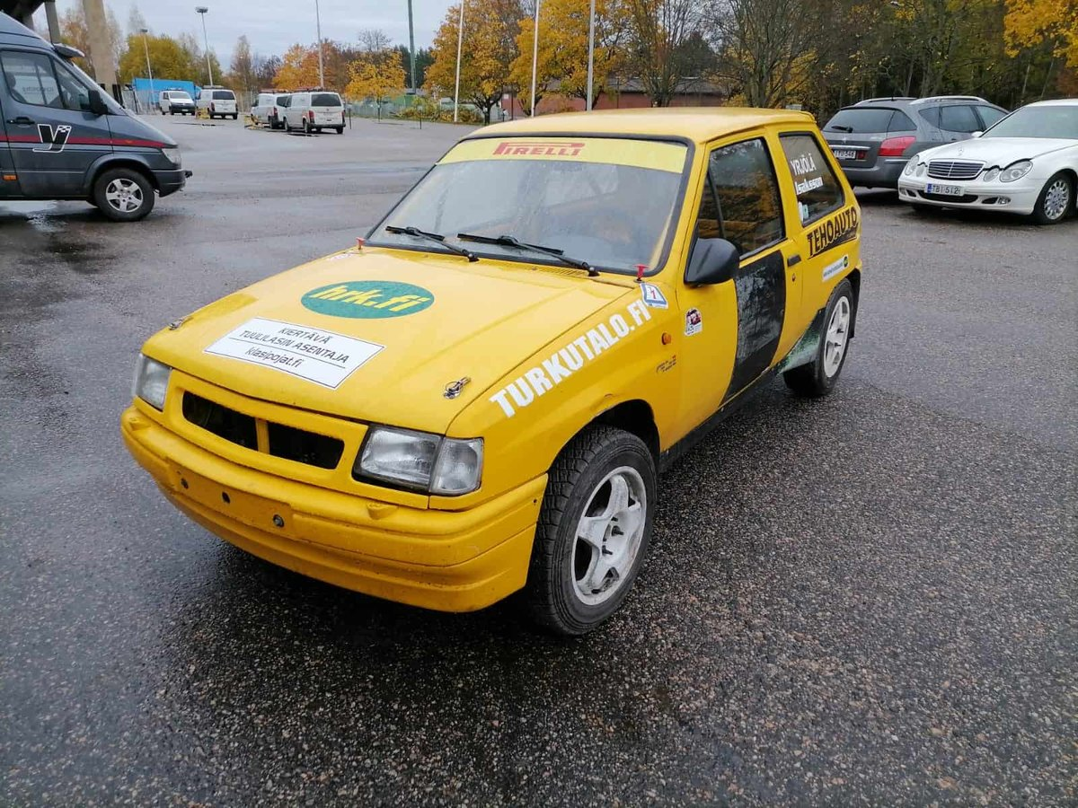 1990 Opel Corsa GSi Historic Rally Car For Sale (picture 3 of 6)