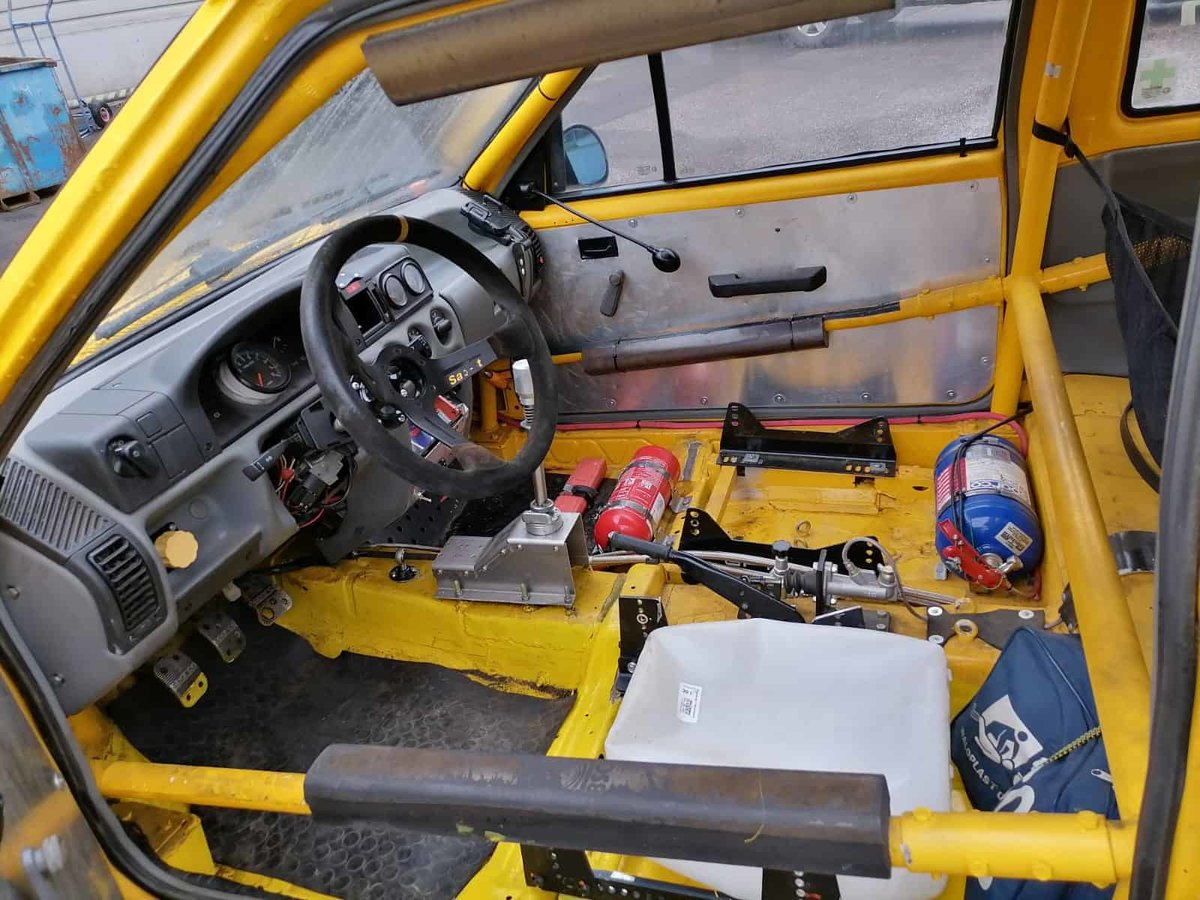 1990 Opel Corsa GSi Historic Rally Car For Sale (picture 5 of 6)