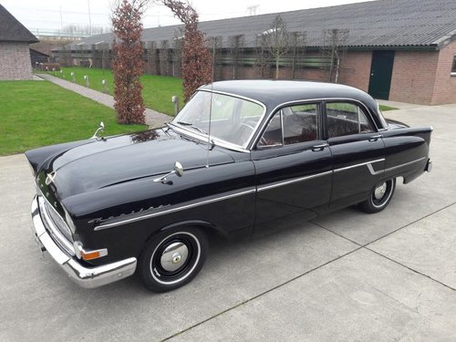 OPEL KAPTEIN 1958 PERFECT RESTORED CONDITION SOLD (picture 1 of 6)