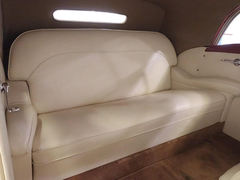 1937 Packard 115-C Coachbuilt Cabriolet by Graber For Sale (picture 4 of 6)