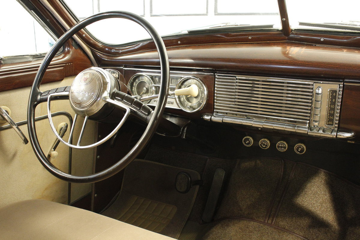 1950 Packard Eight 4,7 Touring Sedan For Sale (picture 5 of 6)