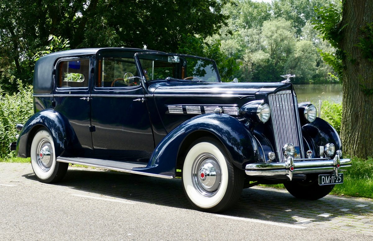Packard Model 120-C Towncar by Rollston 1937 For Sale (picture 3 of 6)