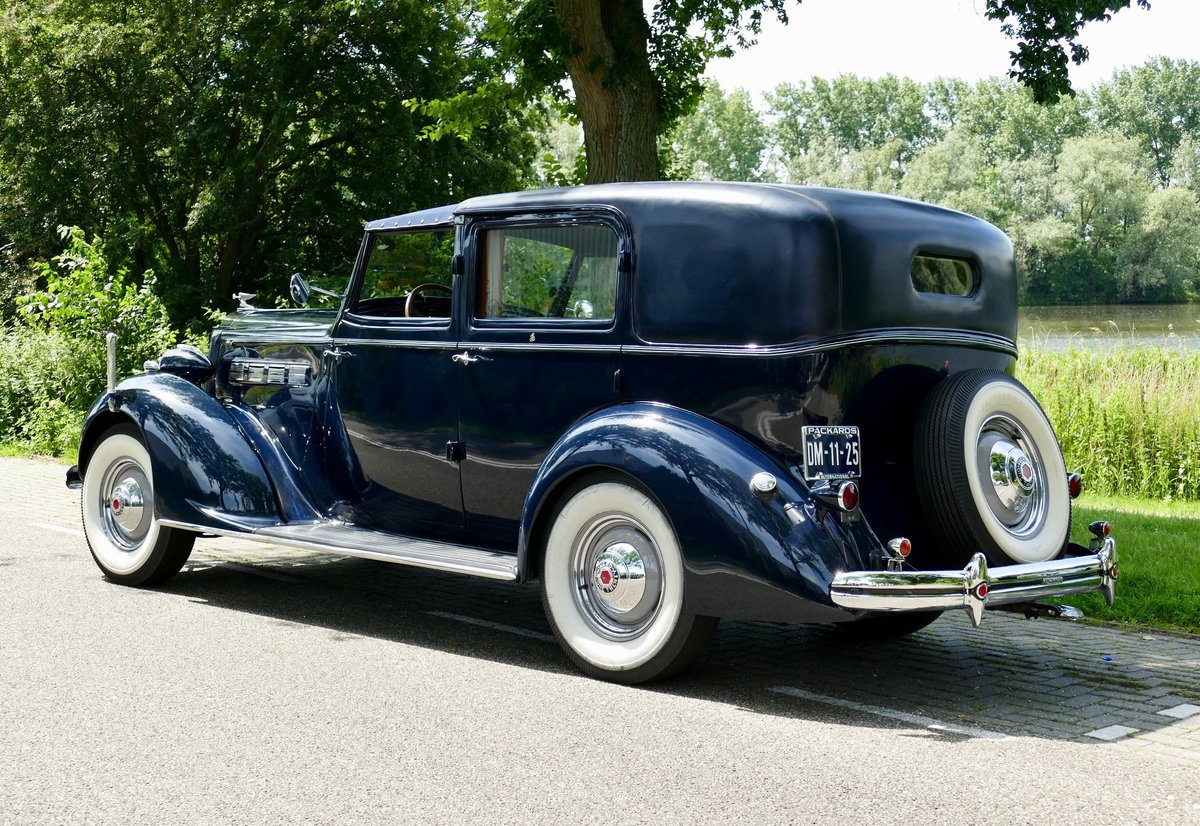 Packard Model 120-C Towncar by Rollston 1937 For Sale (picture 4 of 6)