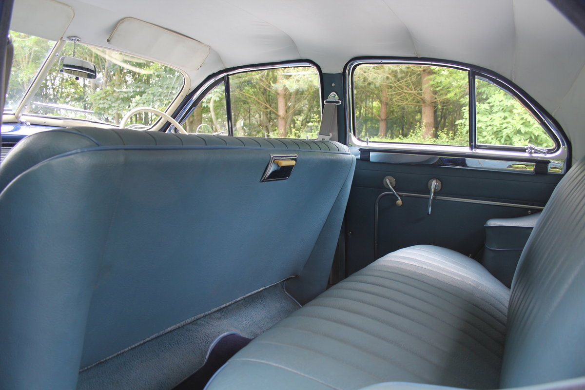 1948 Packard 22nd Series Touring Sedan For Sale (picture 9 of 12)