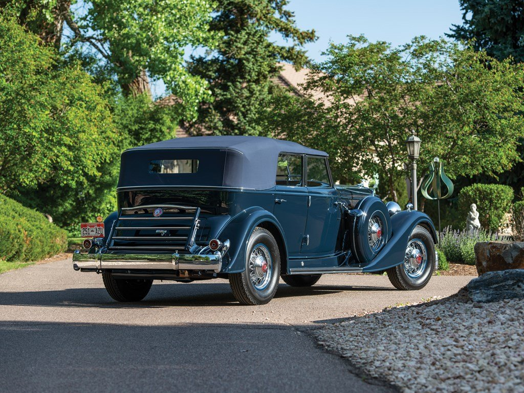 1934 Packard Twelve Individual Custom Convertible Sedan by D For Sale by Auction (picture 2 of 6)