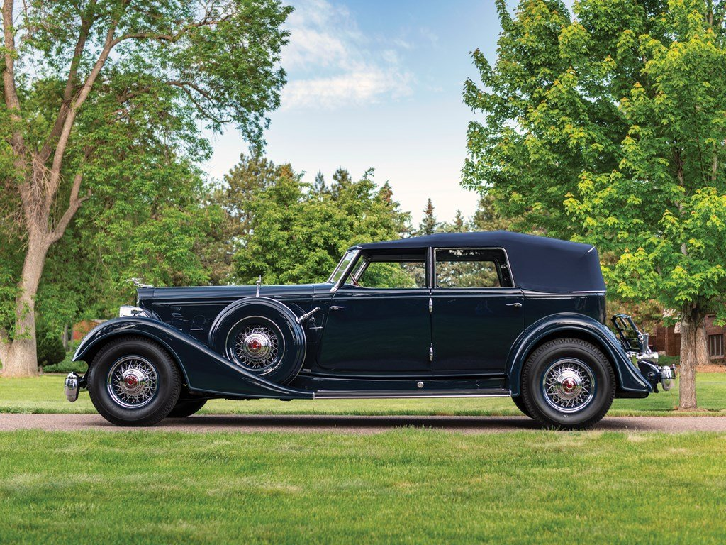1934 Packard Twelve Individual Custom Convertible Sedan by D For Sale by Auction (picture 5 of 6)
