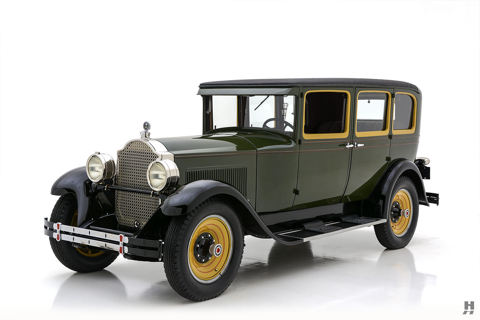 1928 Packard 526 Sedan For Sale (picture 1 of 6)